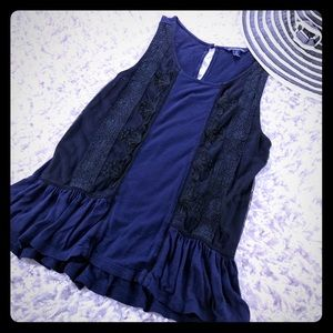 🛍3 FOR $25- AMERICAN EAGLE- RUFFLED KNIT TANK